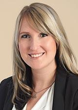 Elisabeth_Born, Sekretariat und Empfang  bei der heinloth Immobilienverwaltung GmbH